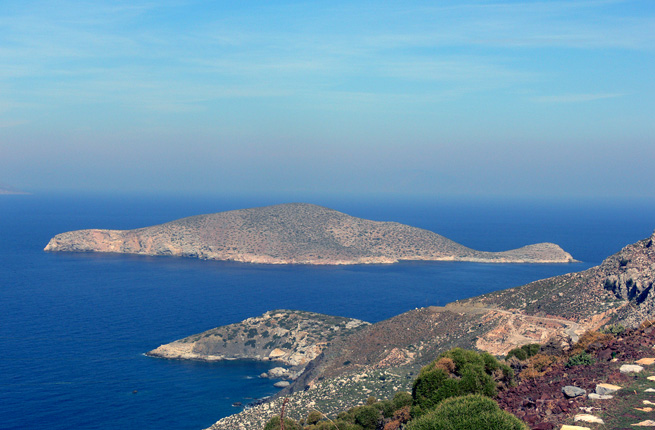 Вилла в остров Тилос на берегу моря